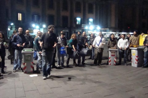 A clean up in Naples, photo courtesy CleaNap